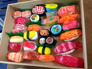紙粘土で寿司